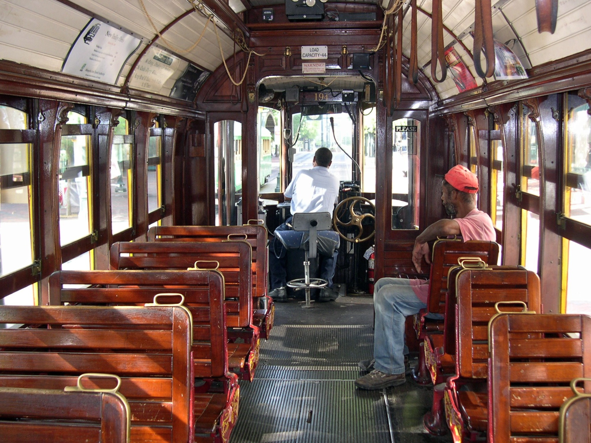 file interior memphis streetcar wikimedia commons. Black Bedroom Furniture Sets. Home Design Ideas