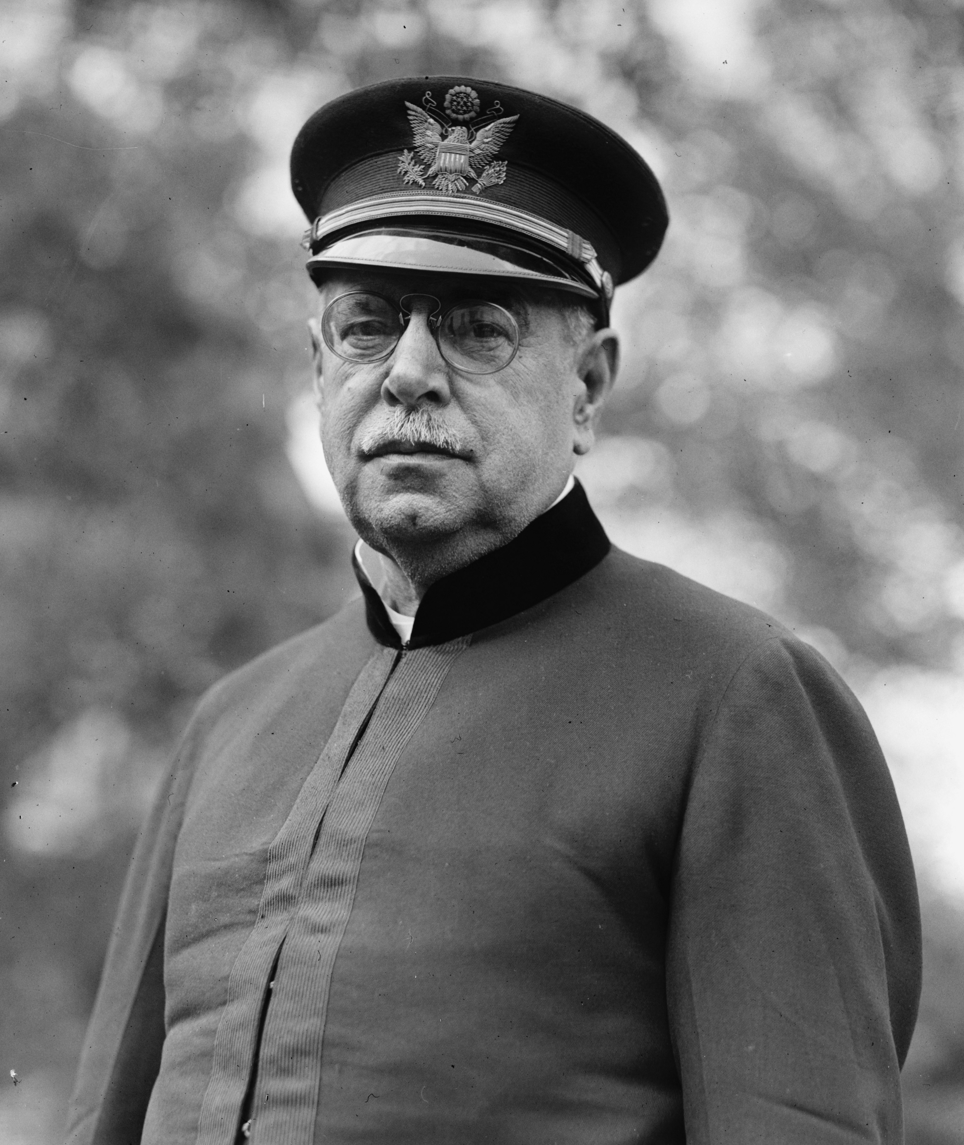 Sousa in November 1922<!--photo from the National Photo Company collection at the [[Library of Congress]]-->