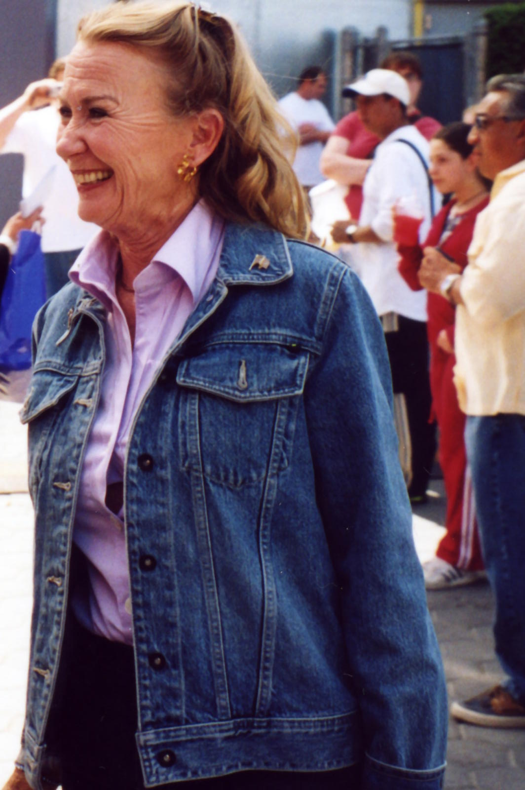 juliet mills biography
