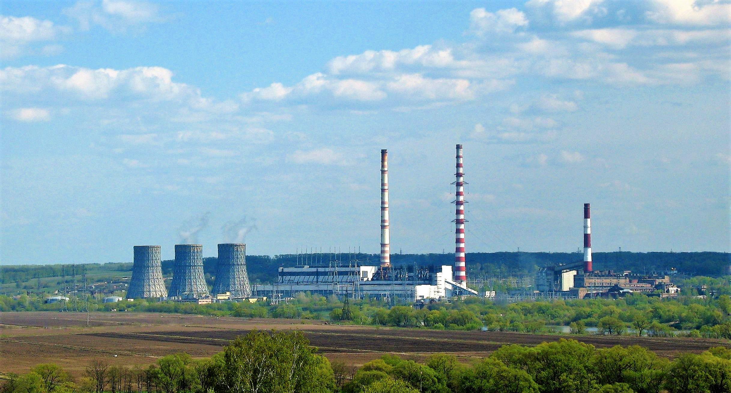 https://upload.wikimedia.org/wikipedia/commons/d/d1/Kashira_Power_Plant_%2801%29.jpg