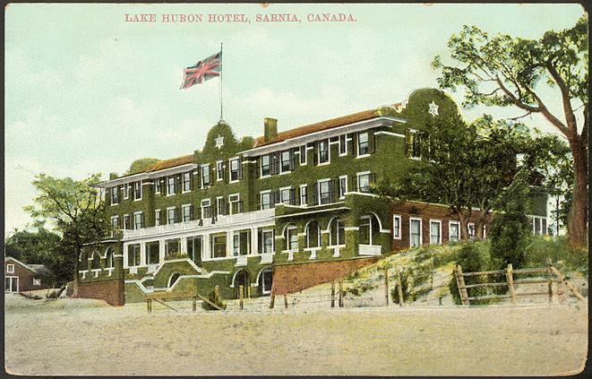 File Lake Huron Hotel Sarnia Ontario Canada Jpg