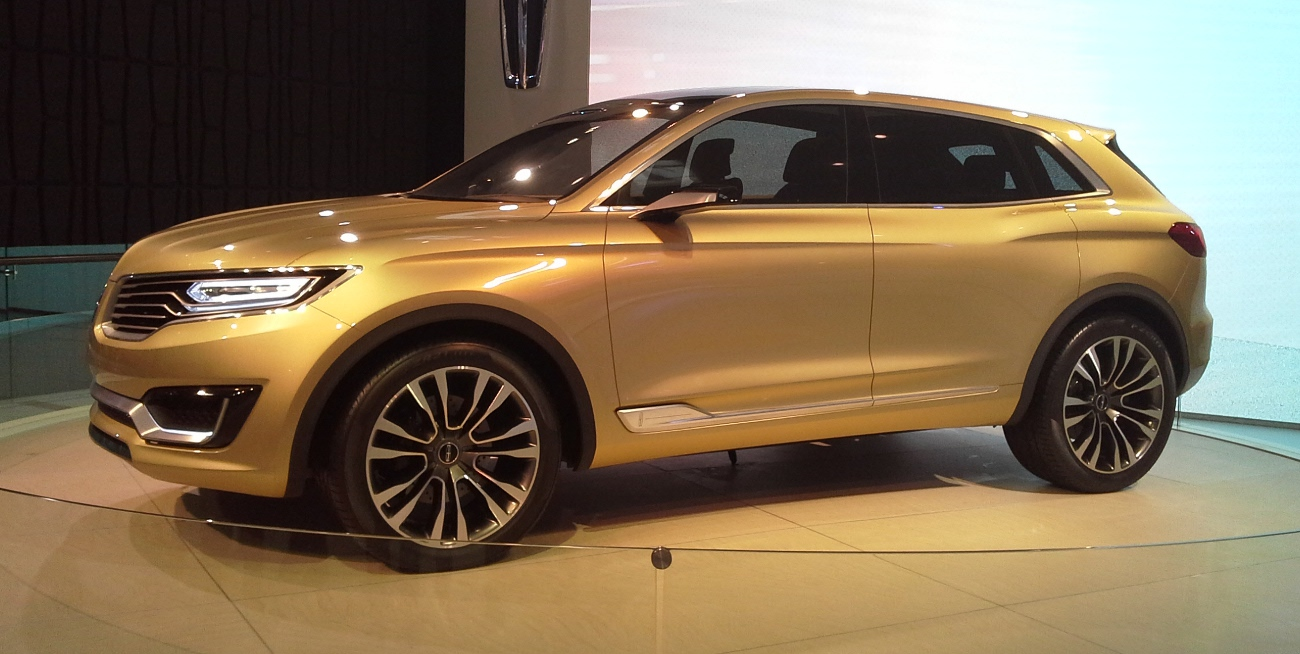 https://upload.wikimedia.org/wikipedia/commons/d/d1/Lincoln_MKX_Concept_02_Auto_China_2014-04-23.jpg