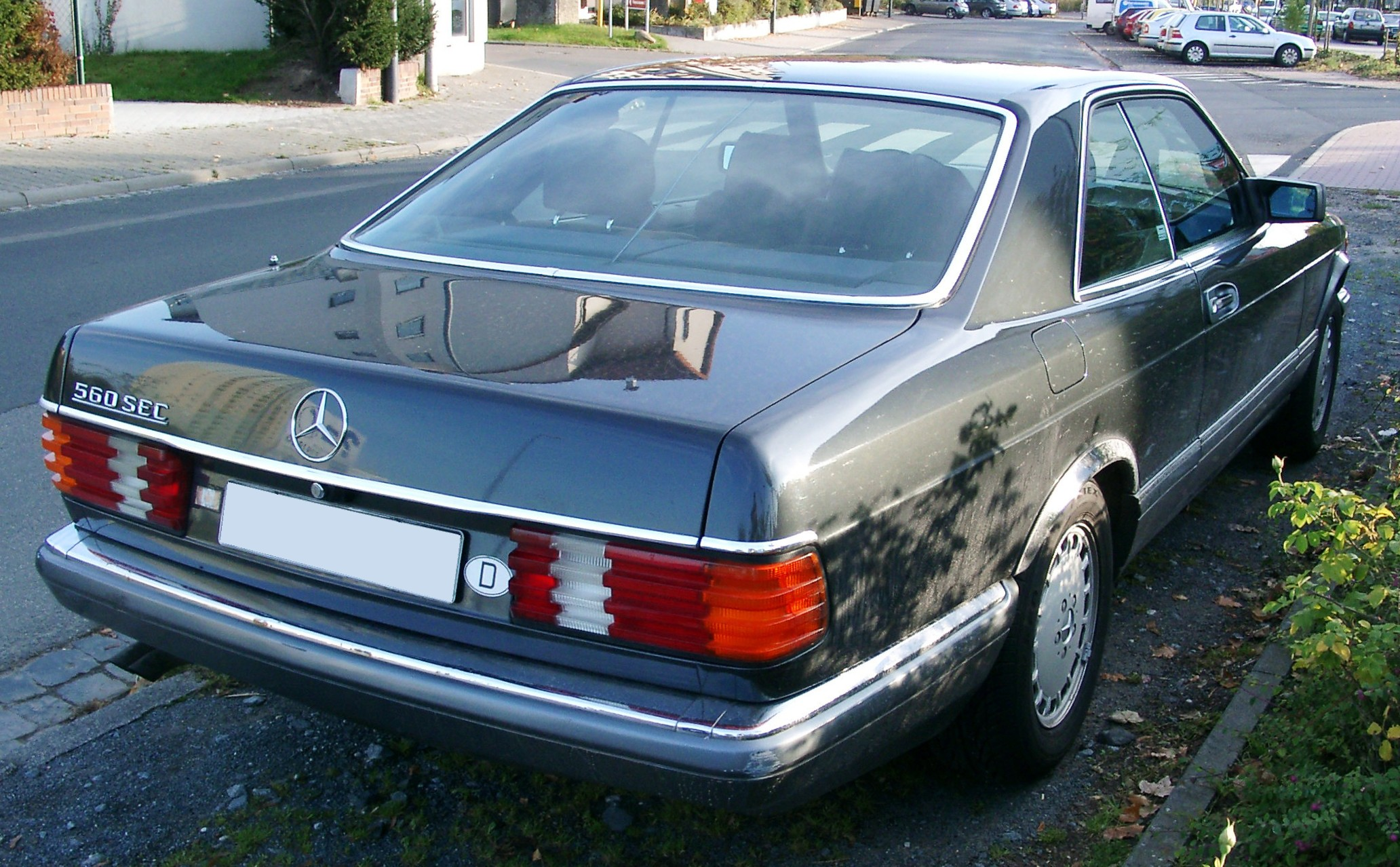 File mercedes c126 rear wikimedia commons for Mercedes benz complaint department
