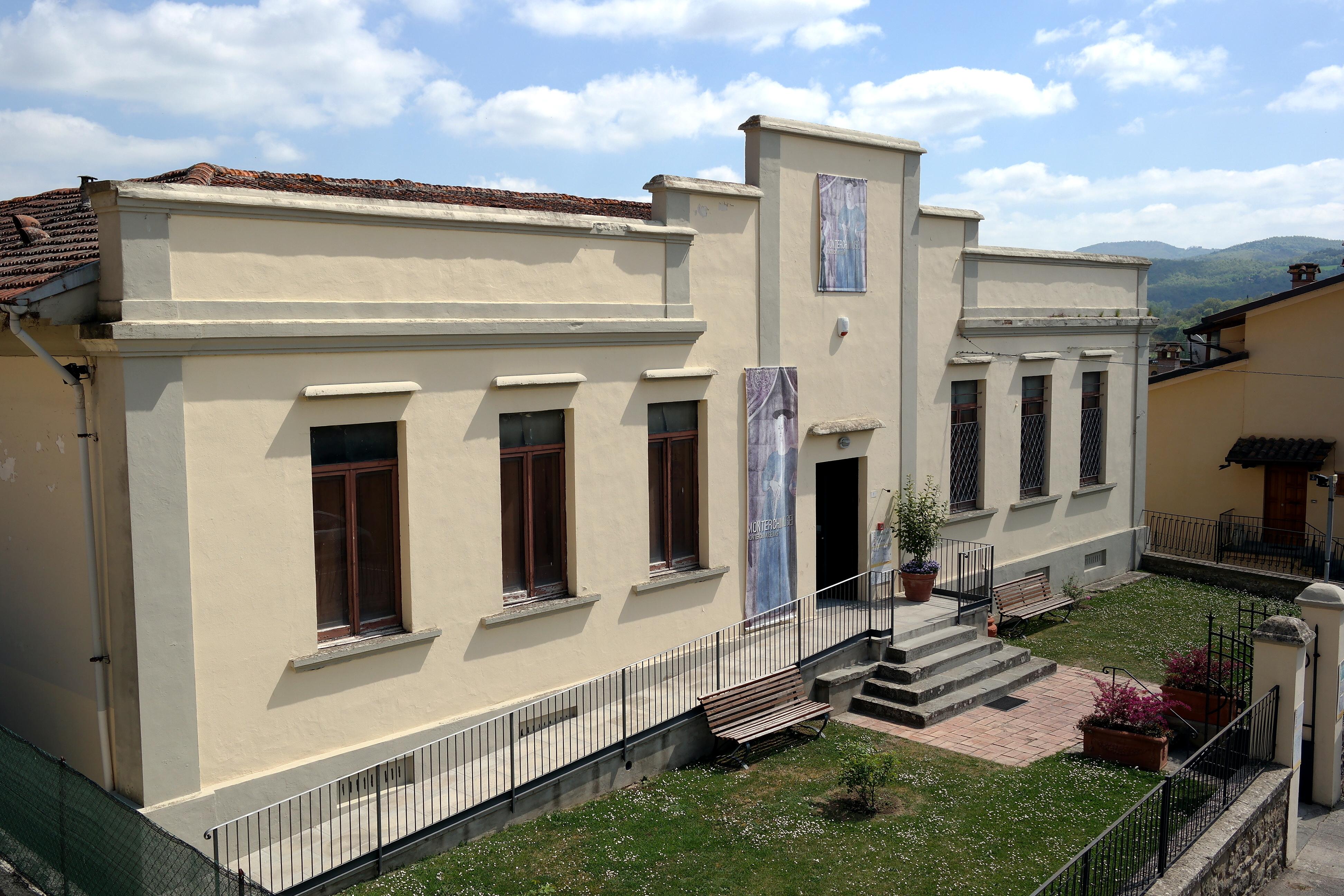 Monterchi - Museo della Madonna del parto.jpg
