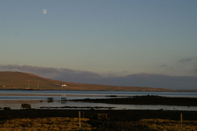 File:Moonrise over Baltasound voe - geograph.org.uk - 637027.jpg