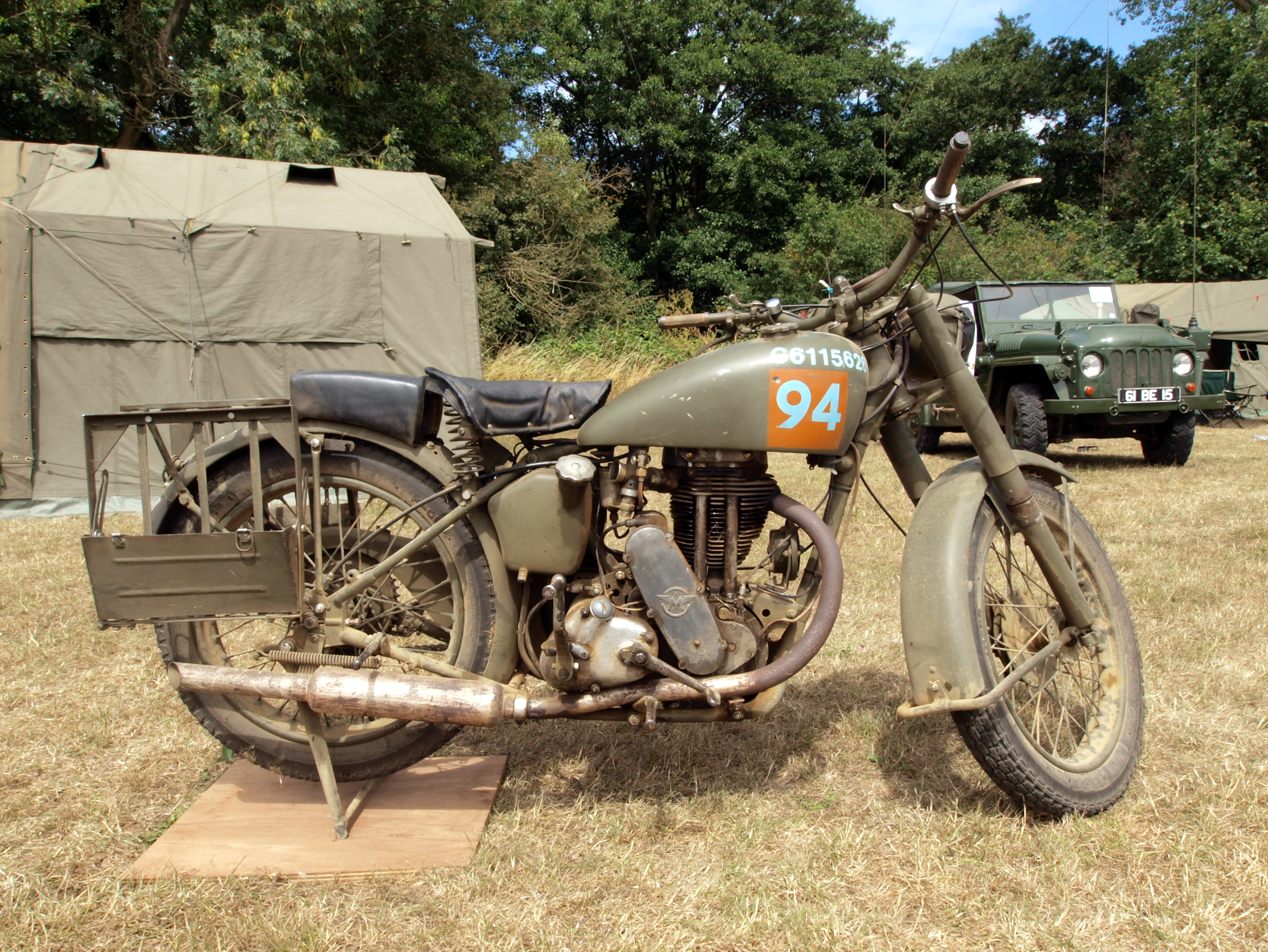 Description Old military Matchless motorcycle, C6115626 pic2.JPG