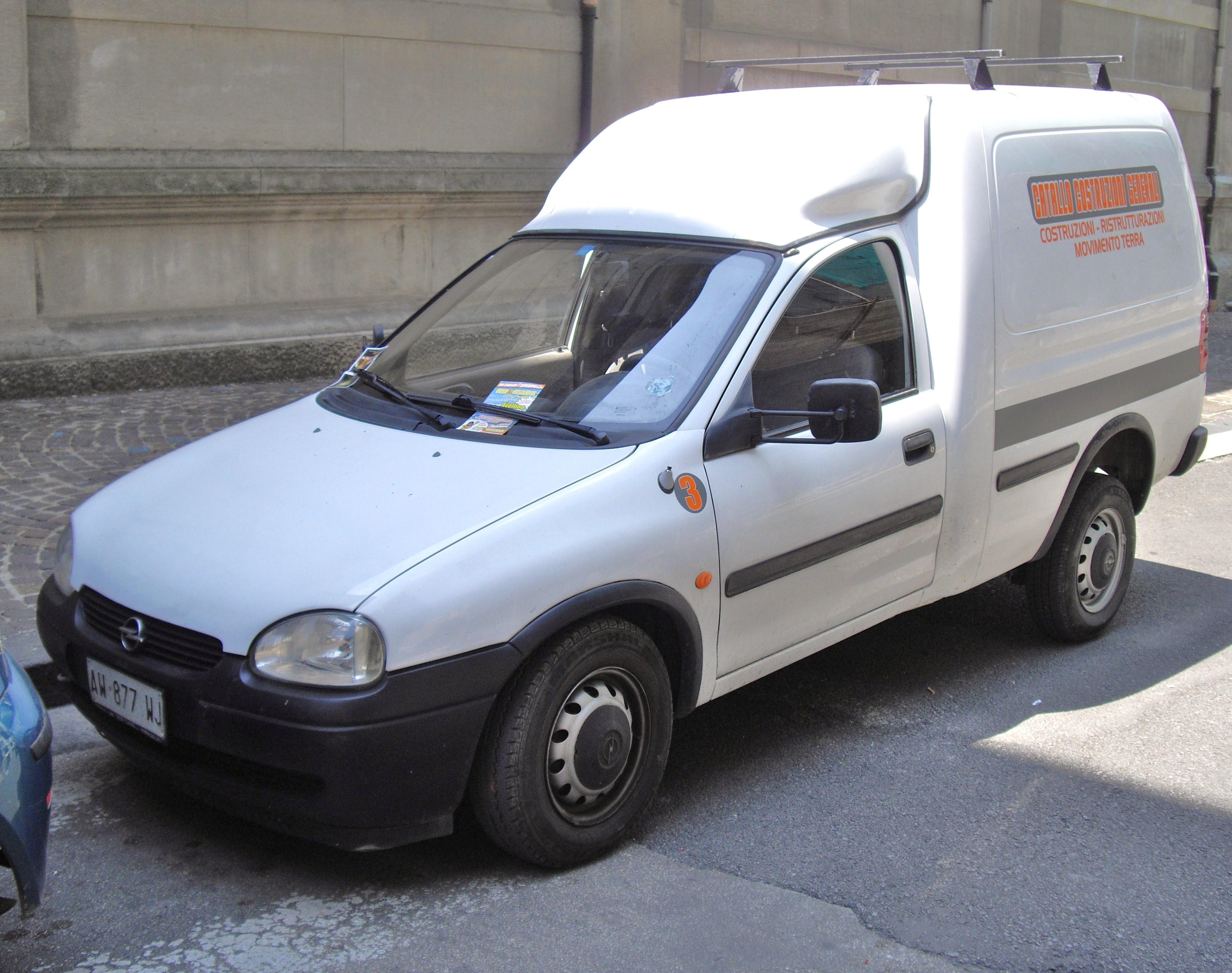 Opel_Combo_Van.JPG