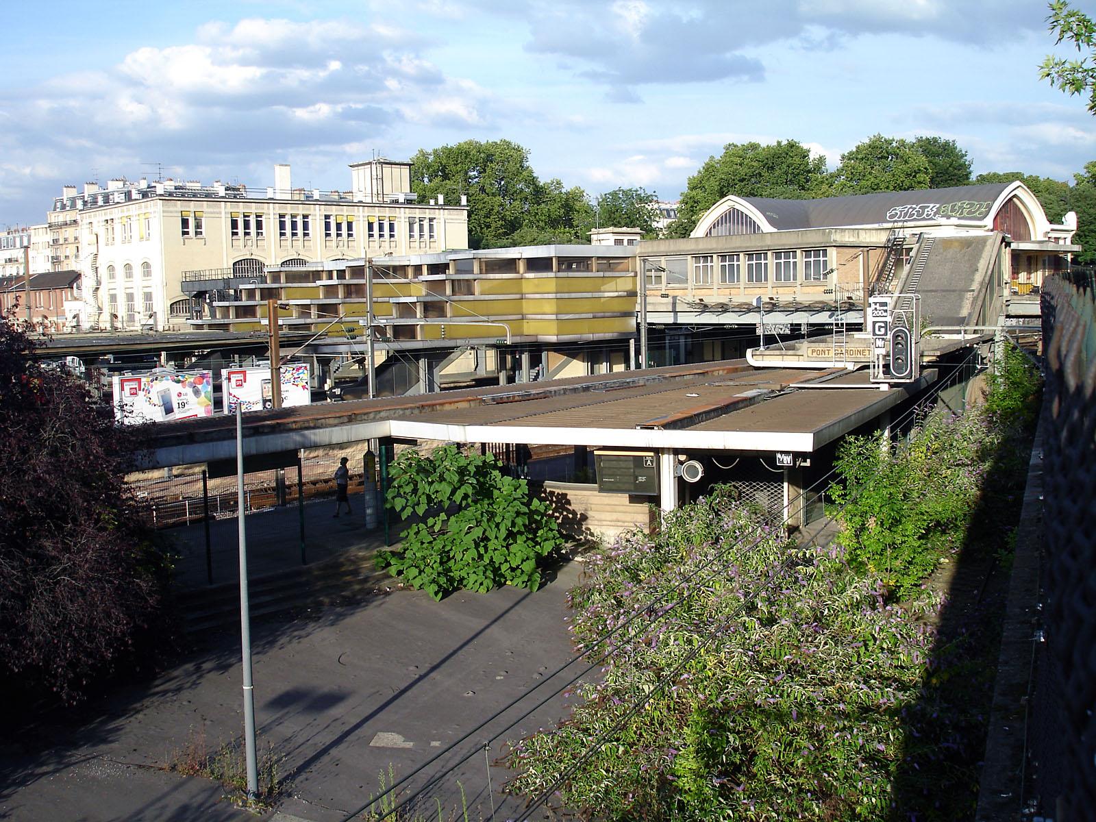 Fichier:Paris - Gare de Pont-Cardinet 04.jpg — Wikipédia