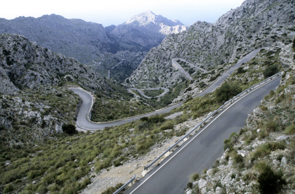 Datei:Road to sa calobra.jpg