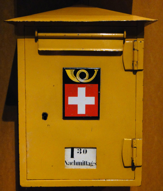 file schweizer postbriefkasten 1920 mfk bern jpg wikimedia commons. Black Bedroom Furniture Sets. Home Design Ideas