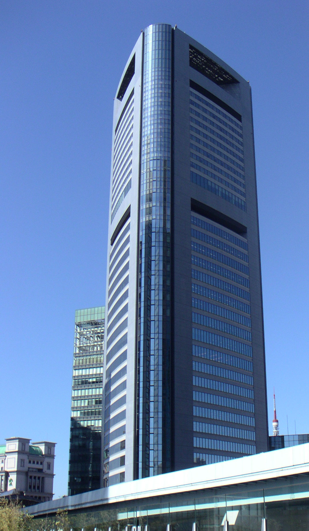 Shiodome Media Tower on 1074 html