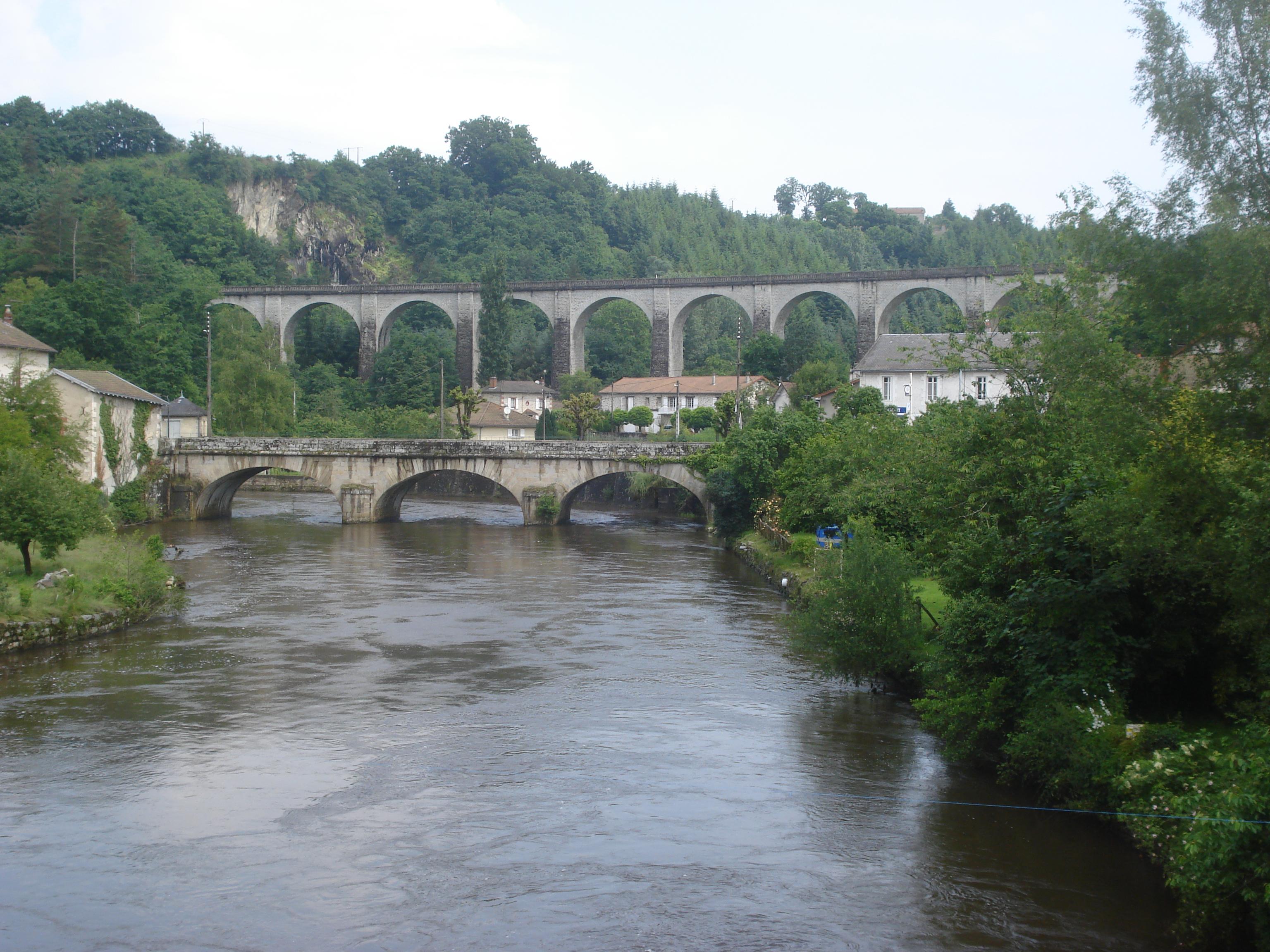 File vienne river and railway bridge pont de noblat haute for Haute vienne