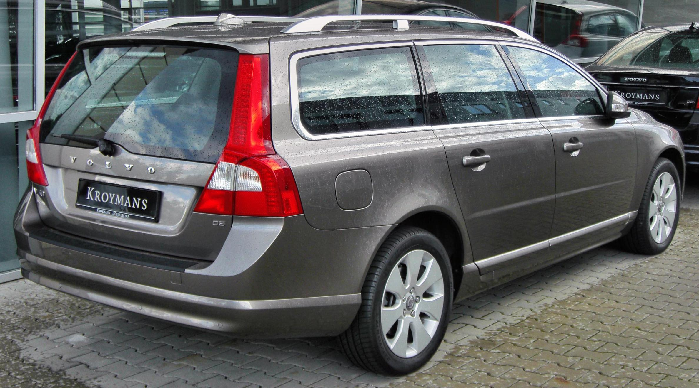 file volvo v70 iii 20090905 rear jpg wikimedia commons. Black Bedroom Furniture Sets. Home Design Ideas