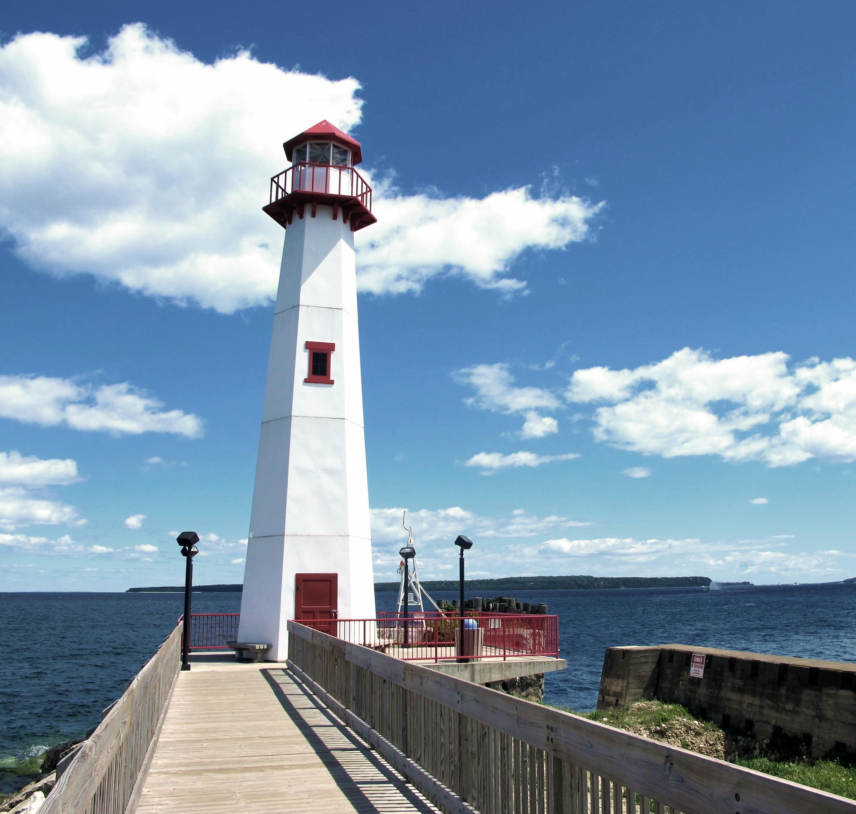 Awesome File:Wawatan Lighthouse 2010