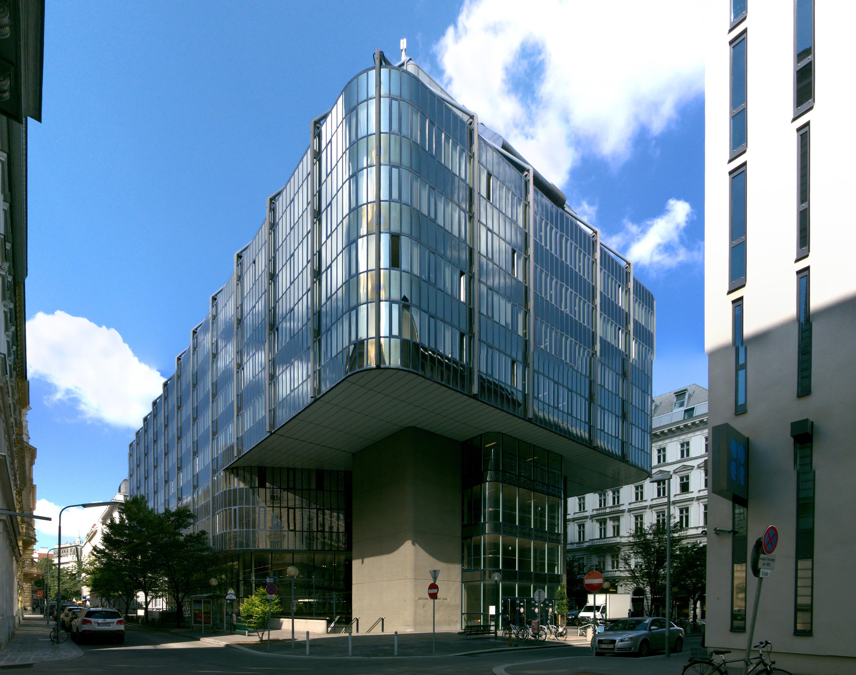 Wien 01 Juridicum b.jpg