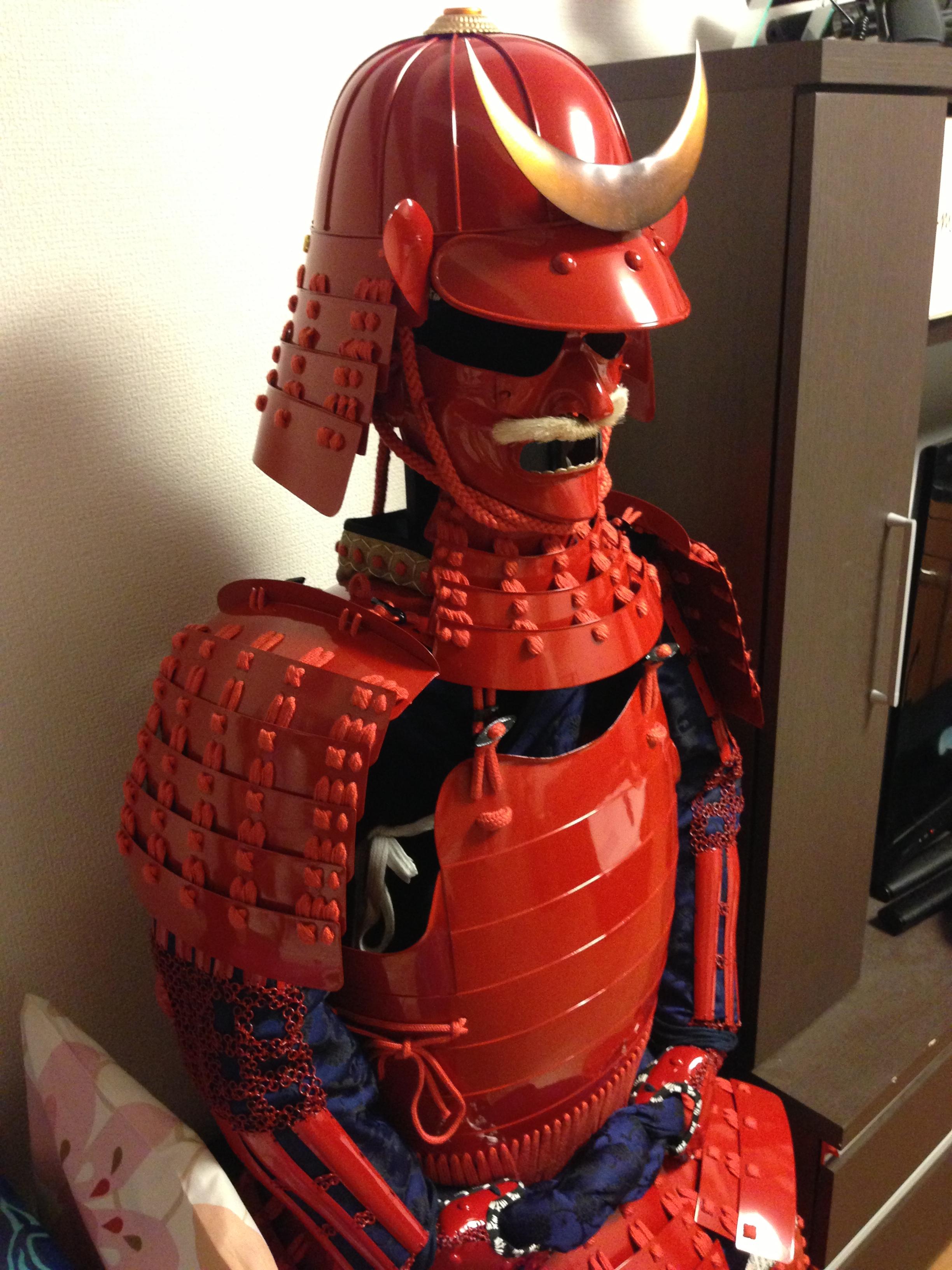 赤糸威赤桶側二枚胴具足(あかいとおどし あかおけがわ にまいどうぐそく).JPG