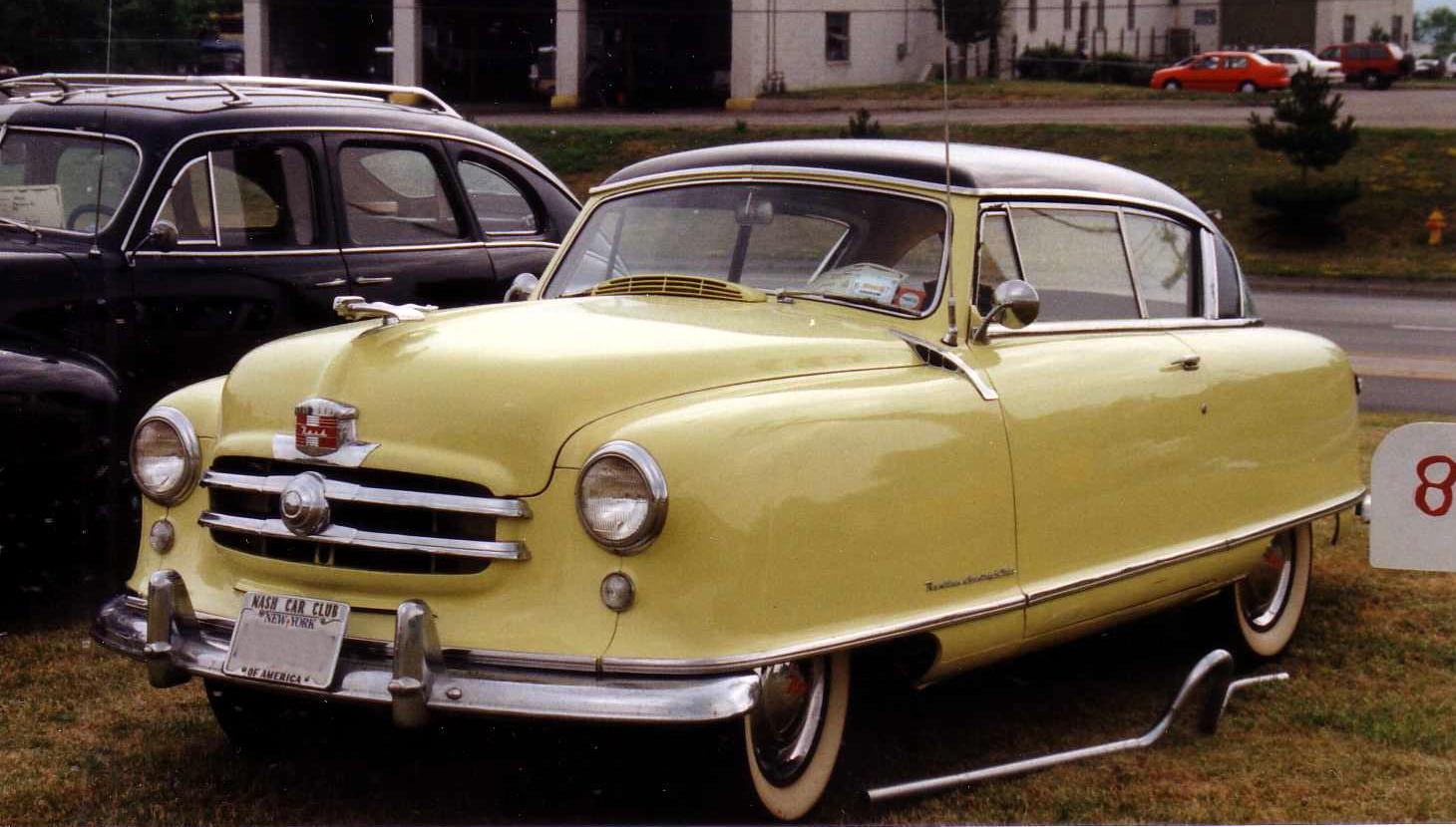 File 1951 Nash Rambler Yellow 2 Door Hardtop Jpg Wikimedia Commons