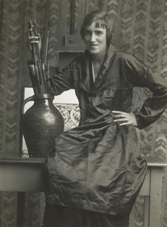 A. H. Fish aka Anne Harriet Fish, circa 1915.jpg