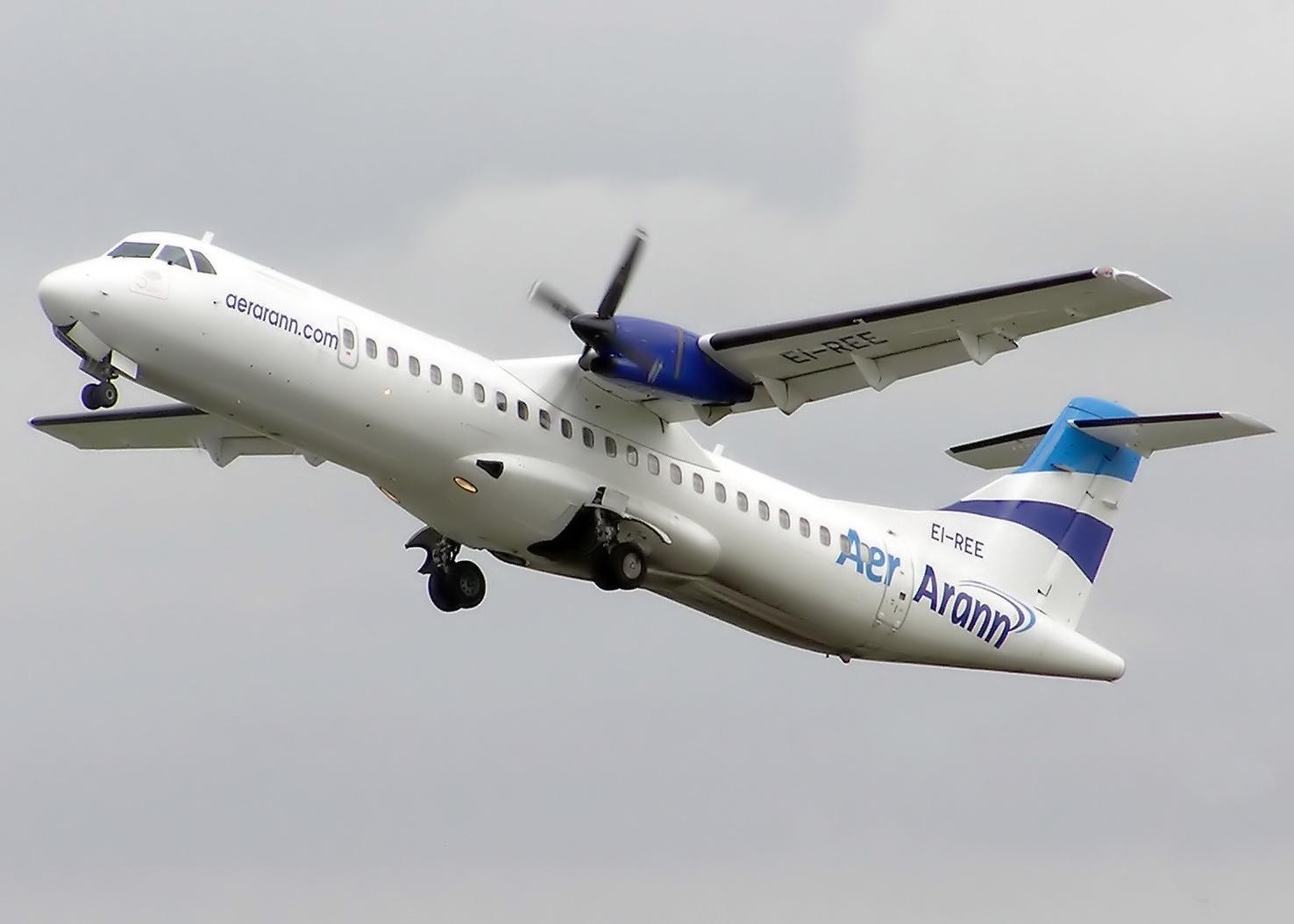 Aer_Arann_ATR-72_EI-REE_Bristol.jpg