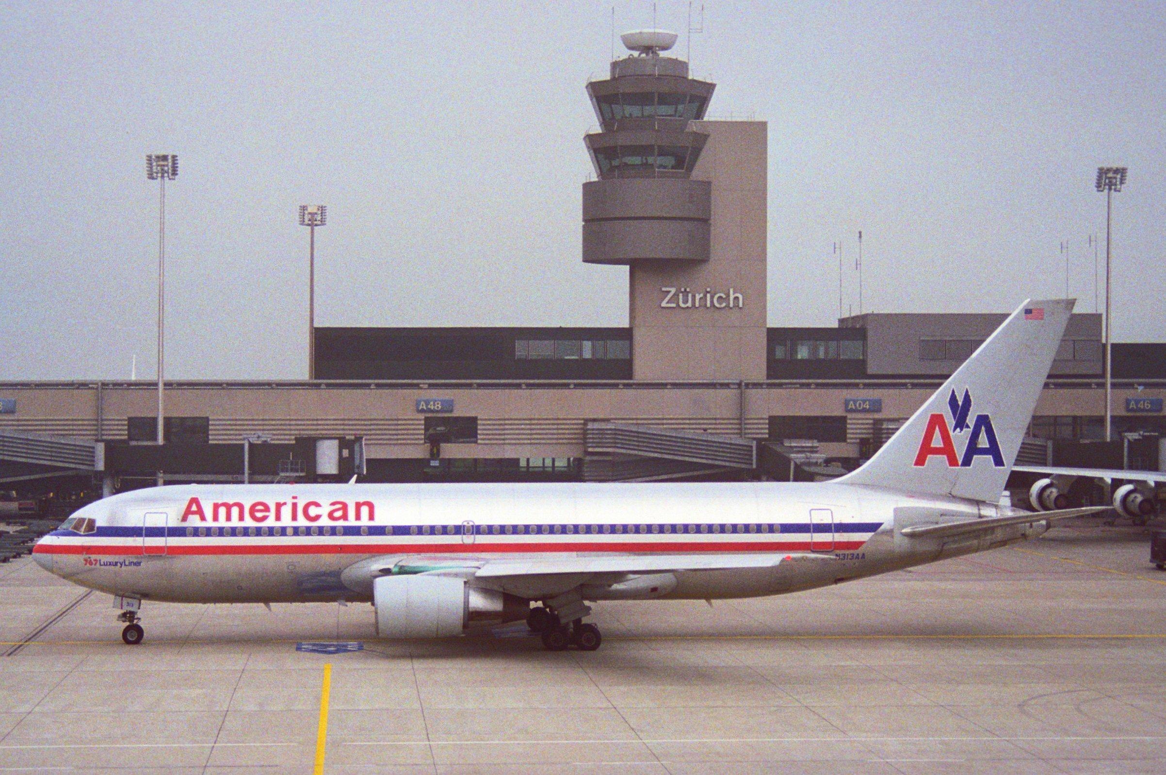 File:American Airlines Boeing 767-200; N313AA@ZRH;07.10 ...