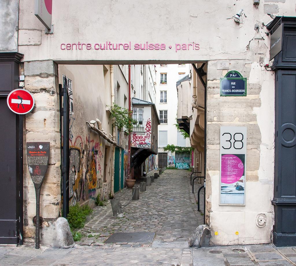Centre culturel suisse — Wikipédia