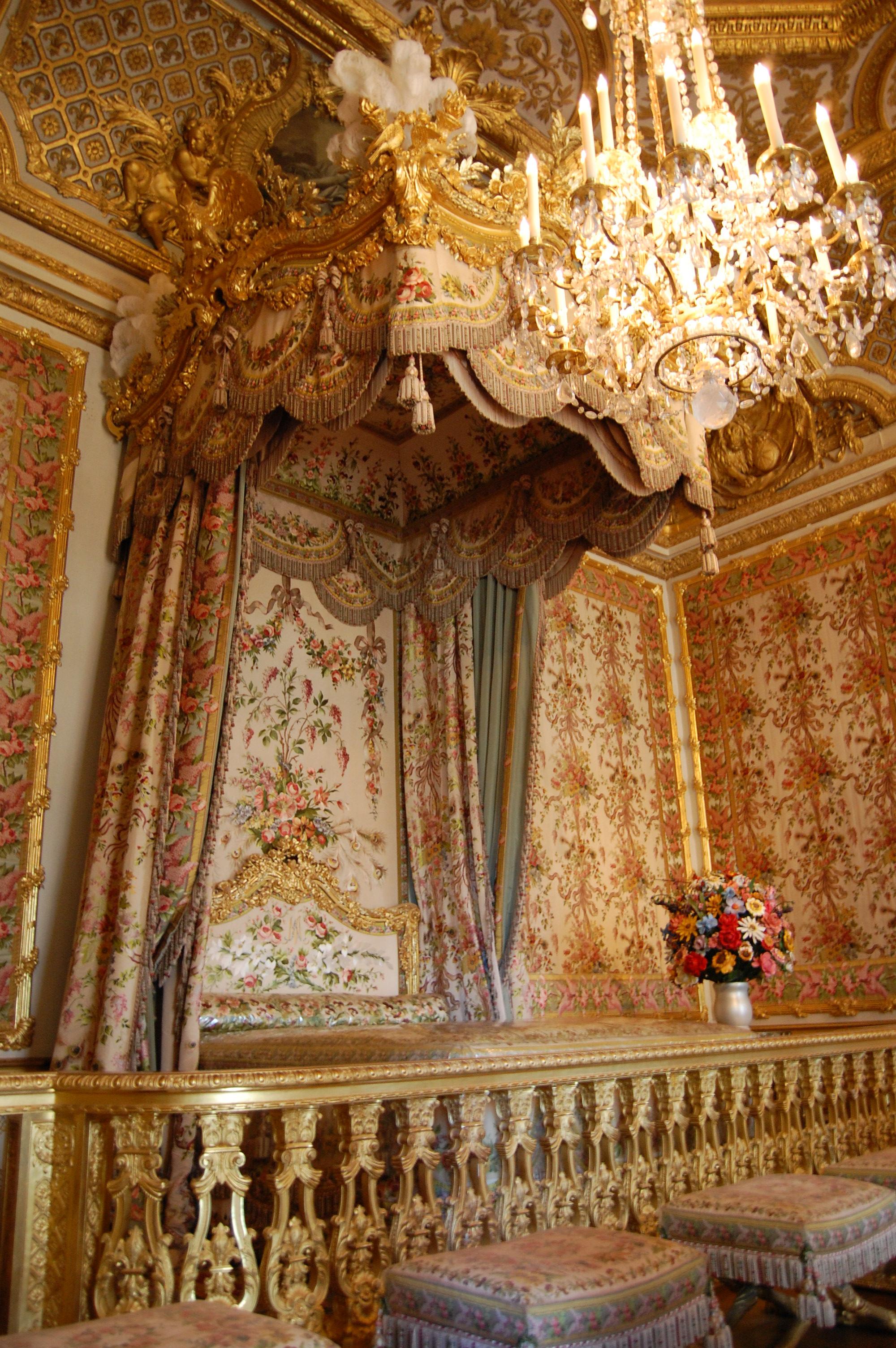 File chambre de la reine ch teau de versaille france for Chambre de la reine