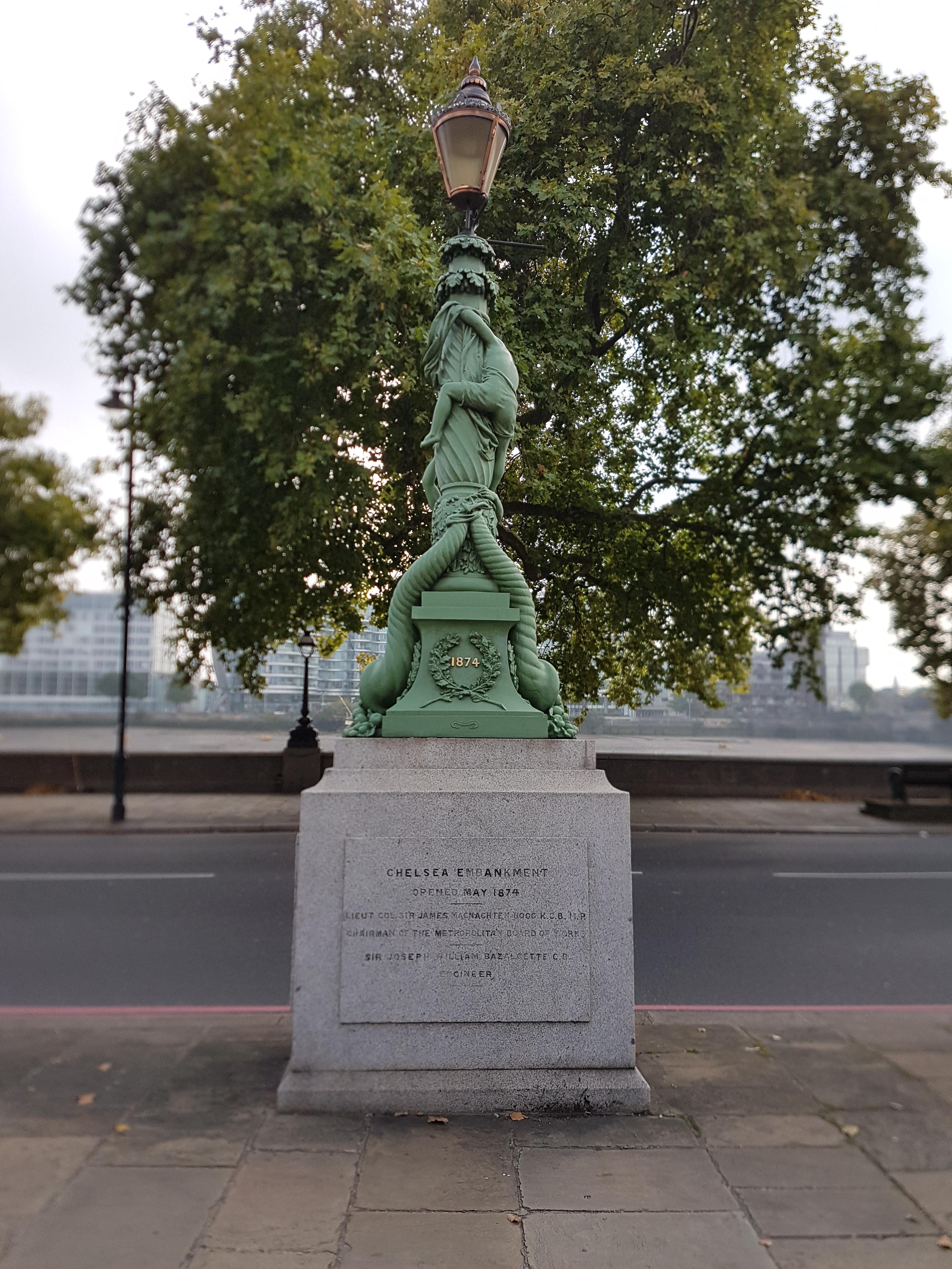 File Chelsea Embankment Lamp Standard1 Jpg Wikimedia Commons