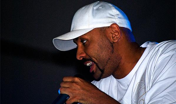 El Chojin rapeando (2009).