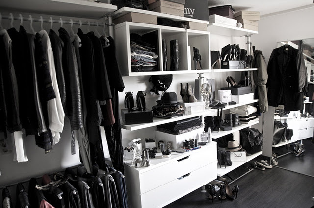 file closet fashion shoes walk in closet. Black Bedroom Furniture Sets. Home Design Ideas