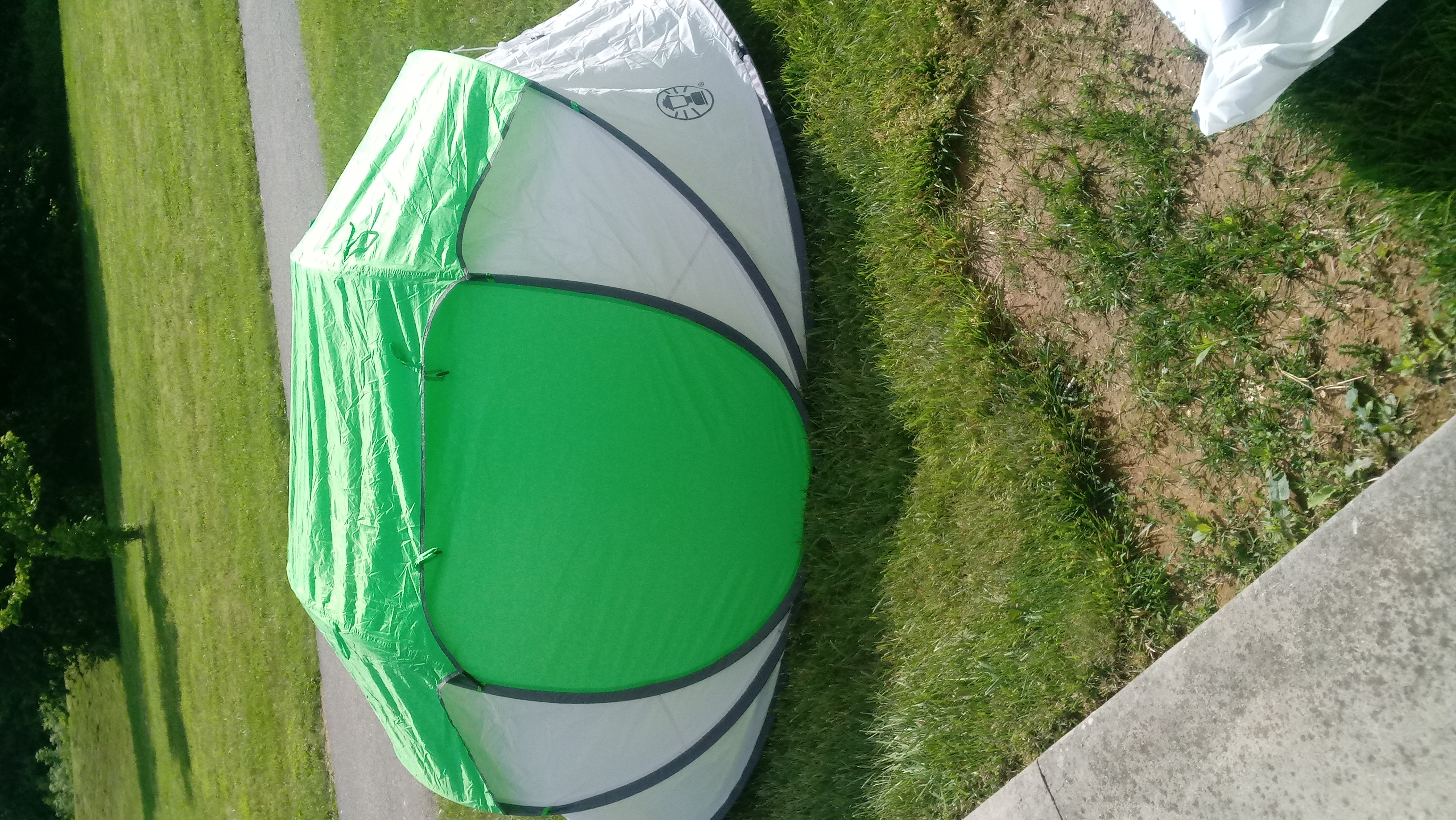 FileColeman Pop-Up Tent.jpg & File:Coleman Pop-Up Tent.jpg - Wikimedia Commons