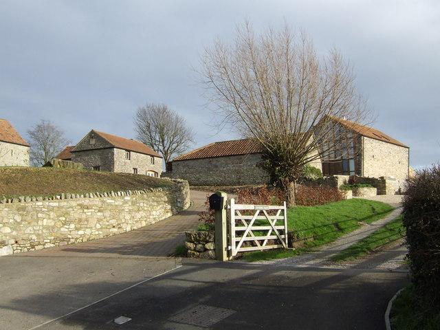 File:Converted farm buildings - geograph.org.uk - 314802.jpg