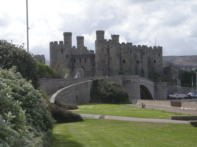 File:Conwy Castle - geograph.org.uk - 765732.jpg