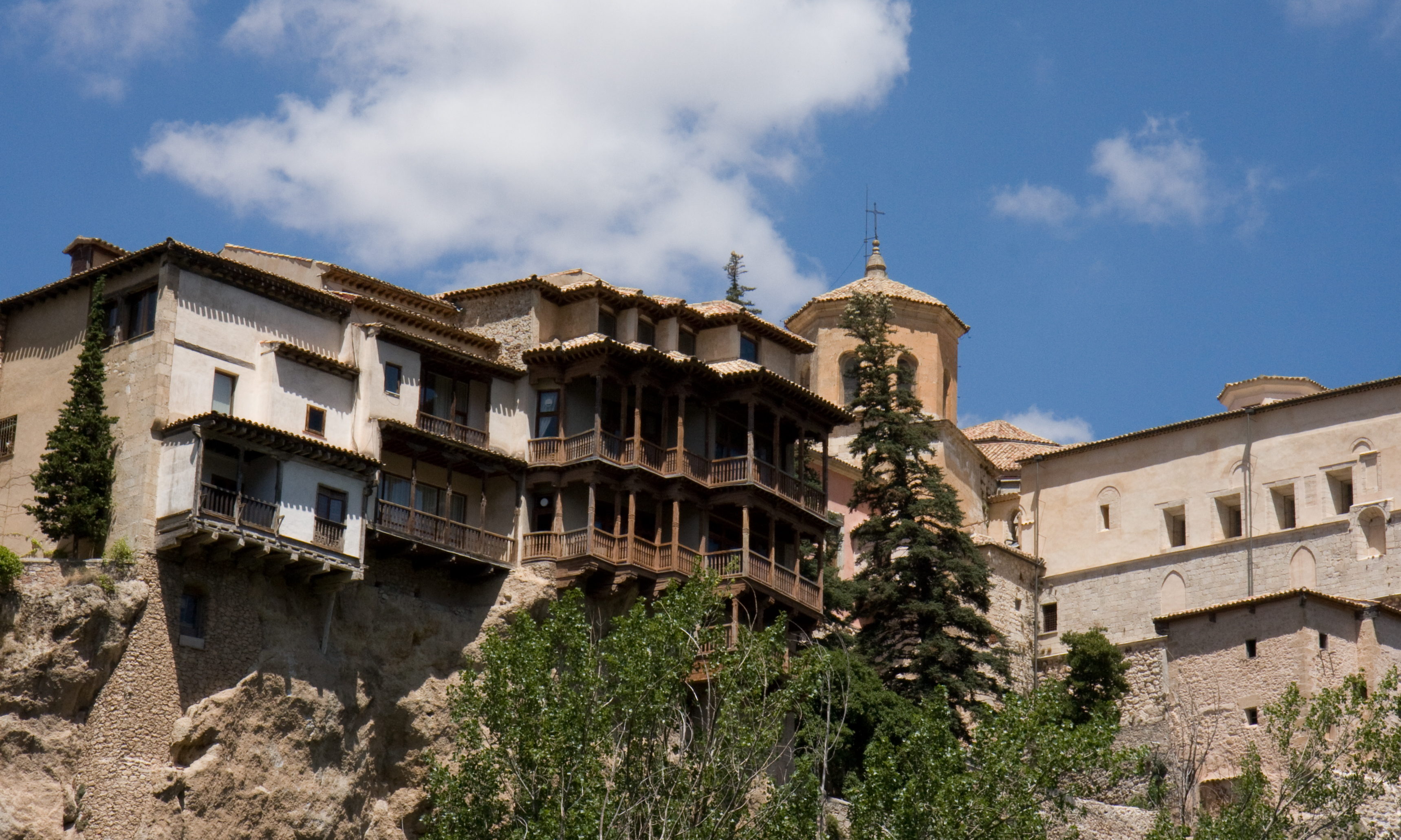 File:Cuenca, Spain   Hanging Houses (Casas Colgadas) Design Inspirations