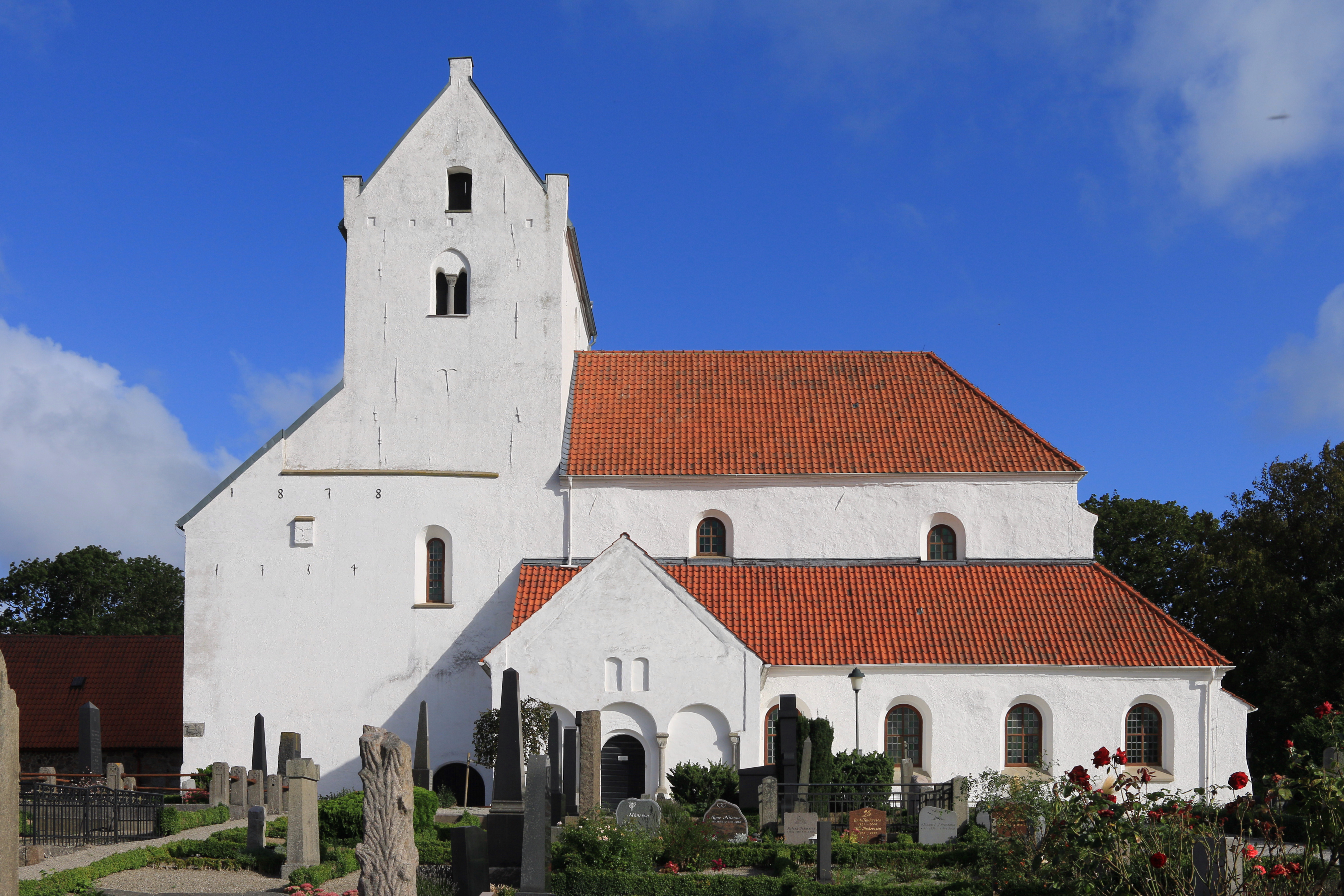 Dalby Heligkorskyrka - Oldest stone church in Scandinavia | GuidebookSweden