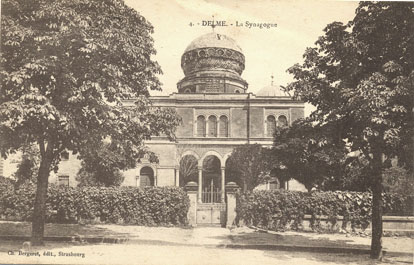 https://upload.wikimedia.org/wikipedia/commons/d/d2/Delme_%28Moselle%29_Synagoge_.jpg