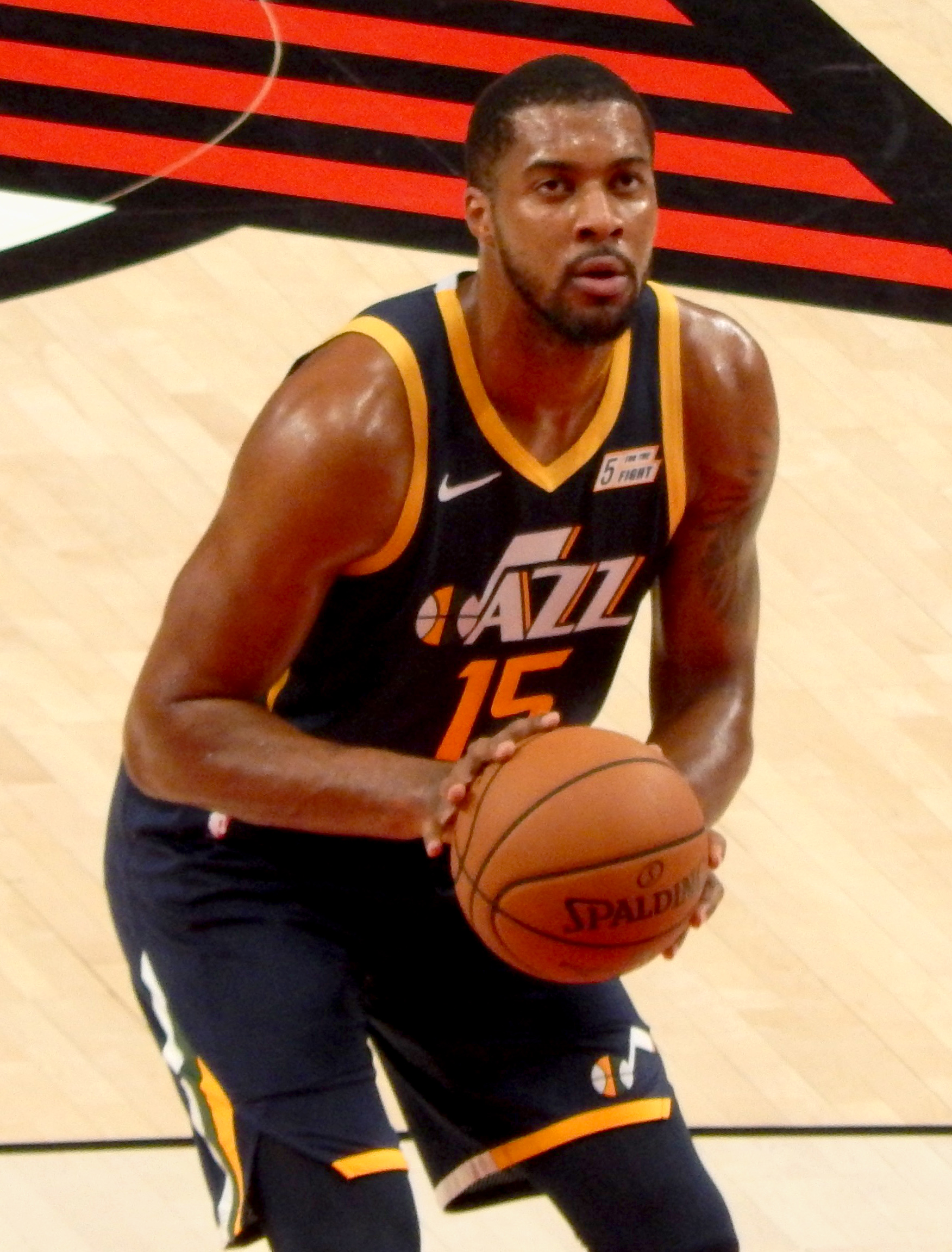 fc376df434b Derrick Favors - Wikipedia