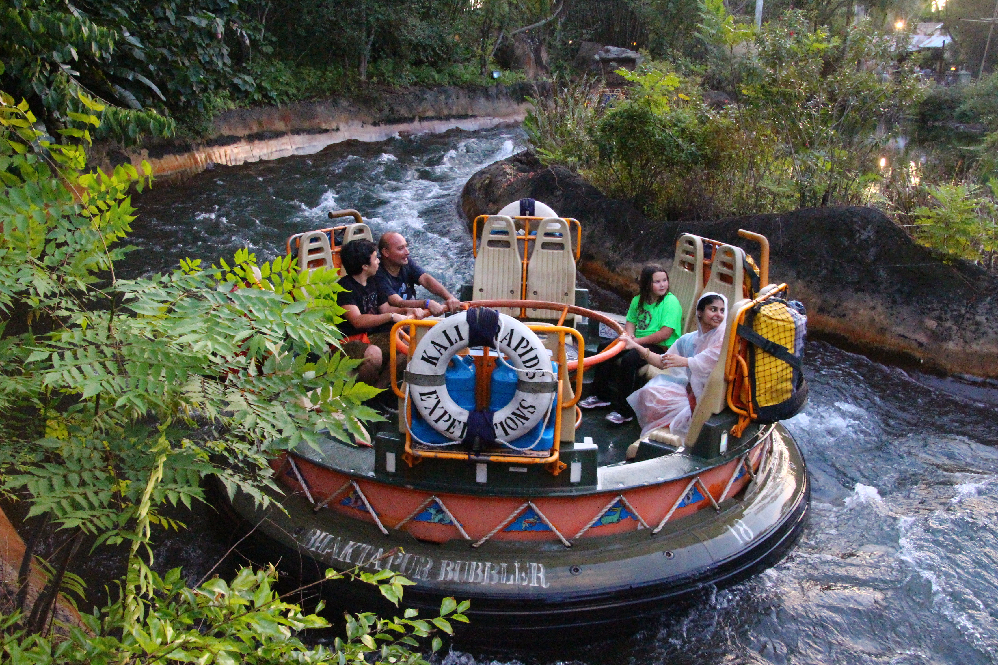 Description disney animal kingdom kali river ride 8319