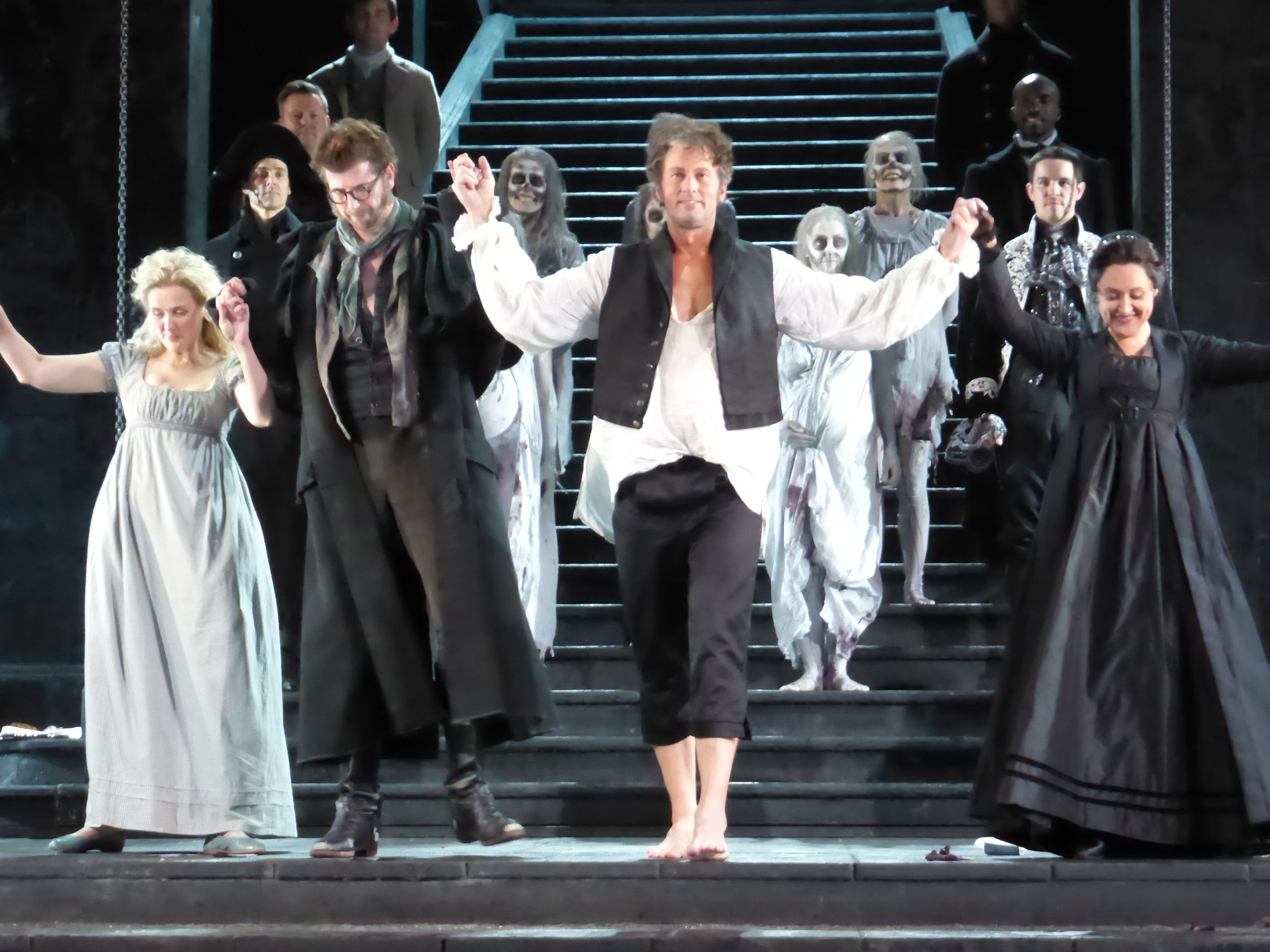 File:Don Giovanni Opera Australia 2014.jpg - Wikimedia Commons