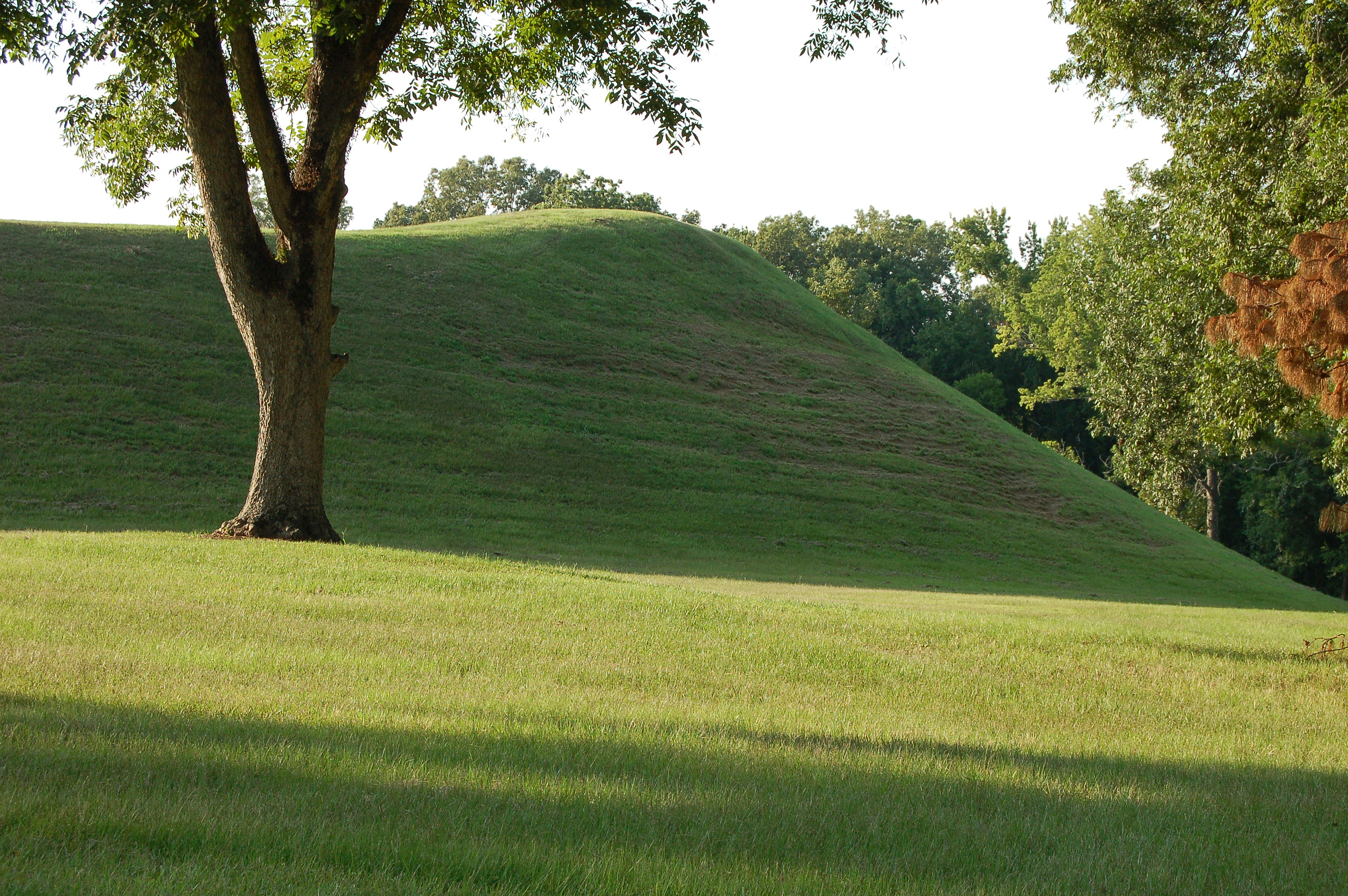 indian mound jewish dating site Ouachita river mounds: a five millennium mystery  radiocarbon dating of watson brake places its construction in  painting of poverty point mound site by.