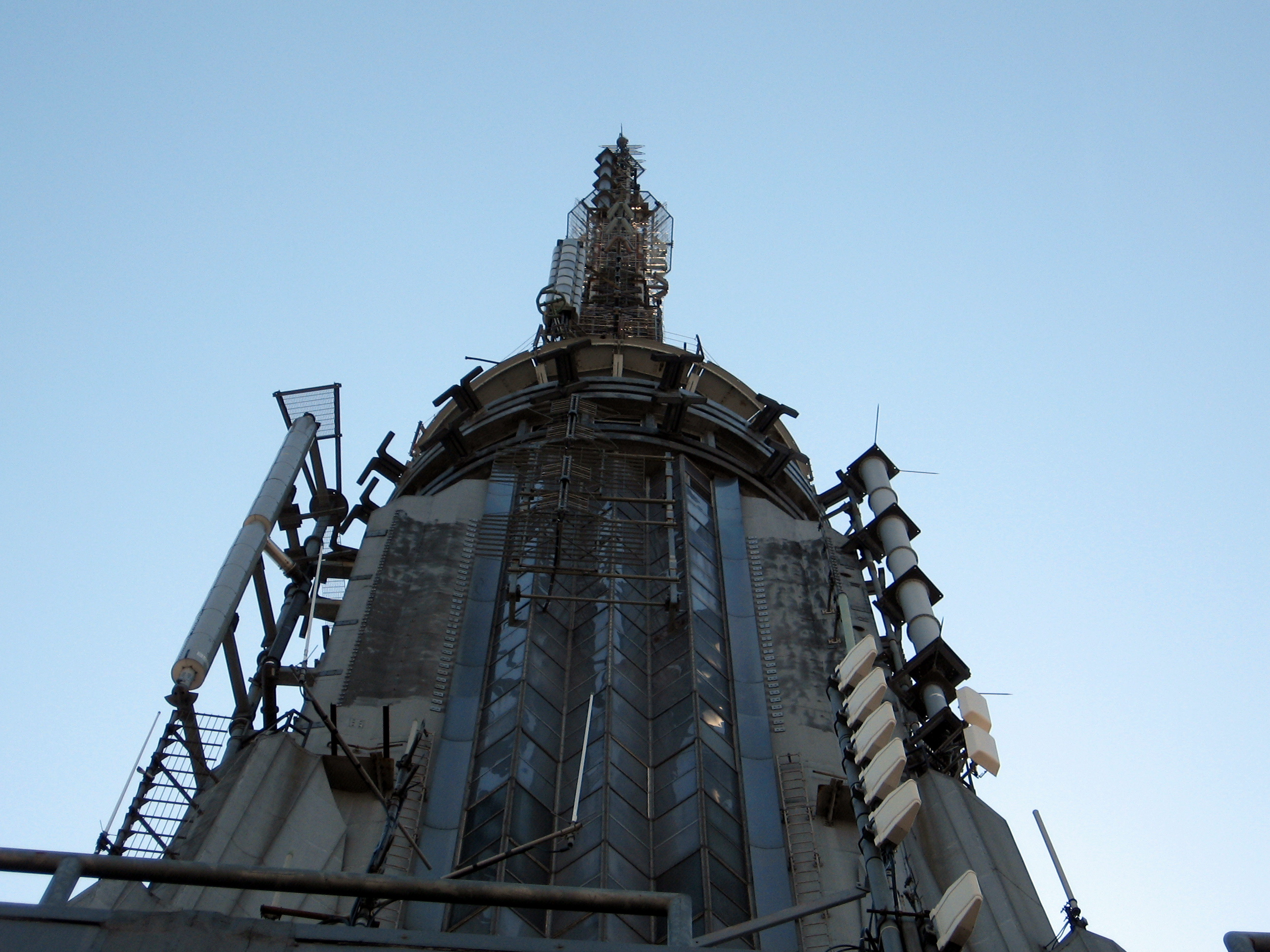 File:Empire State Building Top.jpg