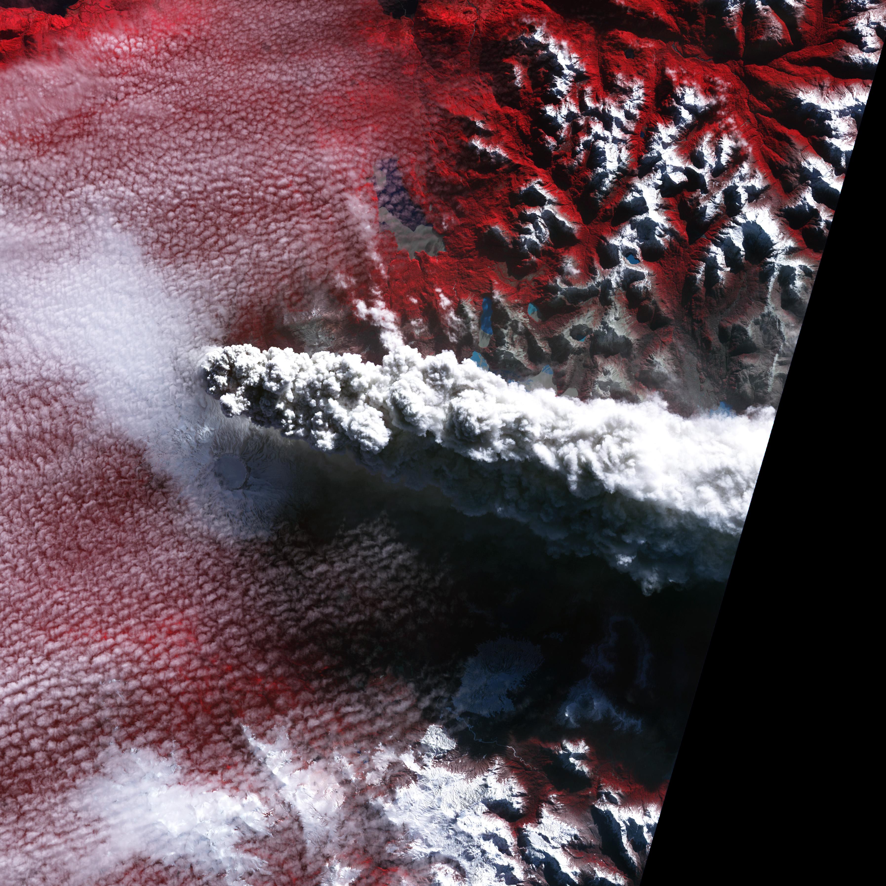 Извержение вулкана Puyehue-Cordon