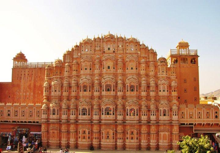 File:Front view of the Hawa Mahal.jpg - Wikipedia