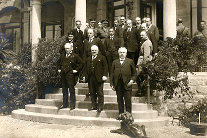 File:Genoa conference 1922.jpg