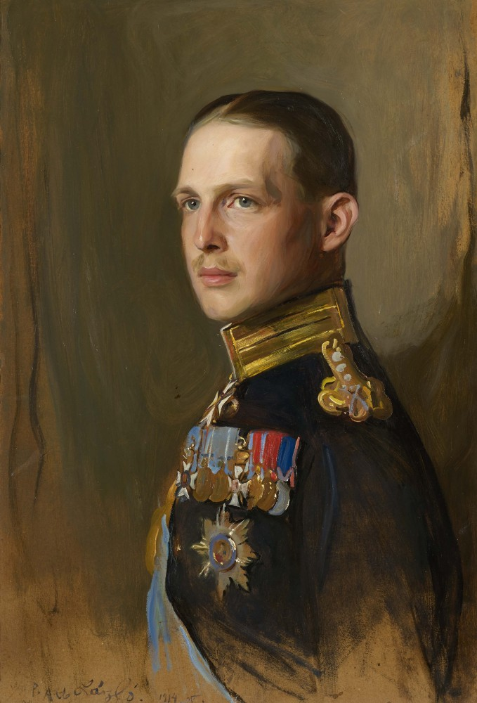 https://upload.wikimedia.org/wikipedia/commons/d/d2/George_II_of_Greece%2C_King_of_the_Hellenes.jpg