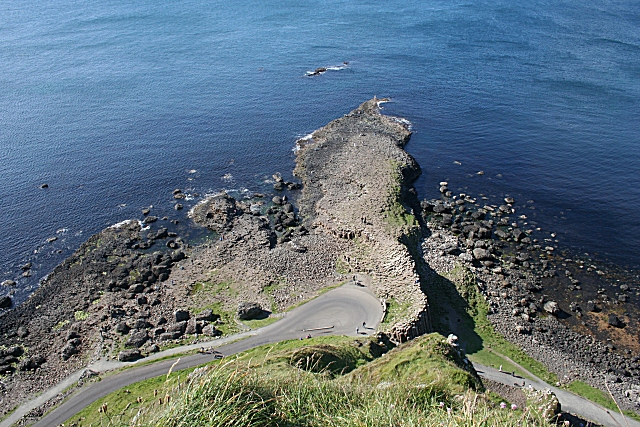 File:Giant's Causeway - geograph.org.uk - 474916.jpg