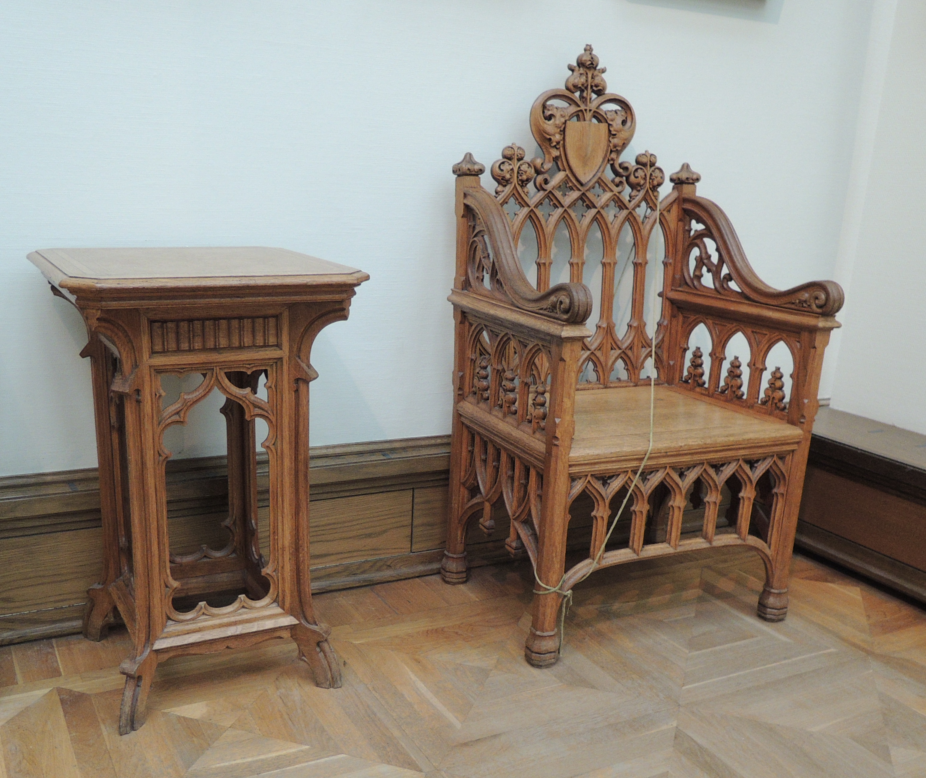 Gothic furniture chair - Original File