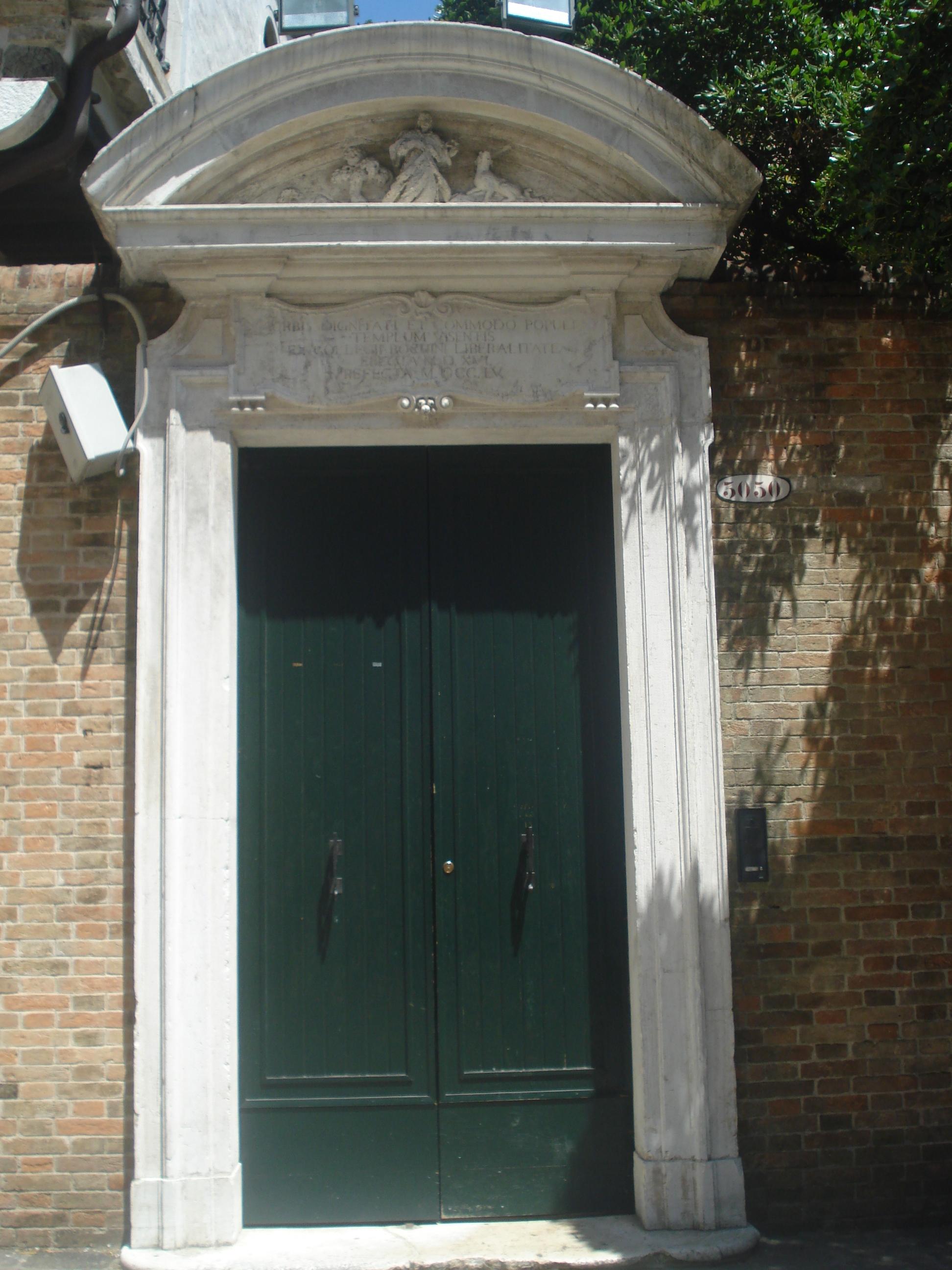 File:Green door in C&o San Rocco.JPG & File:Green door in Campo San Rocco.JPG - Wikimedia Commons Pezcame.Com