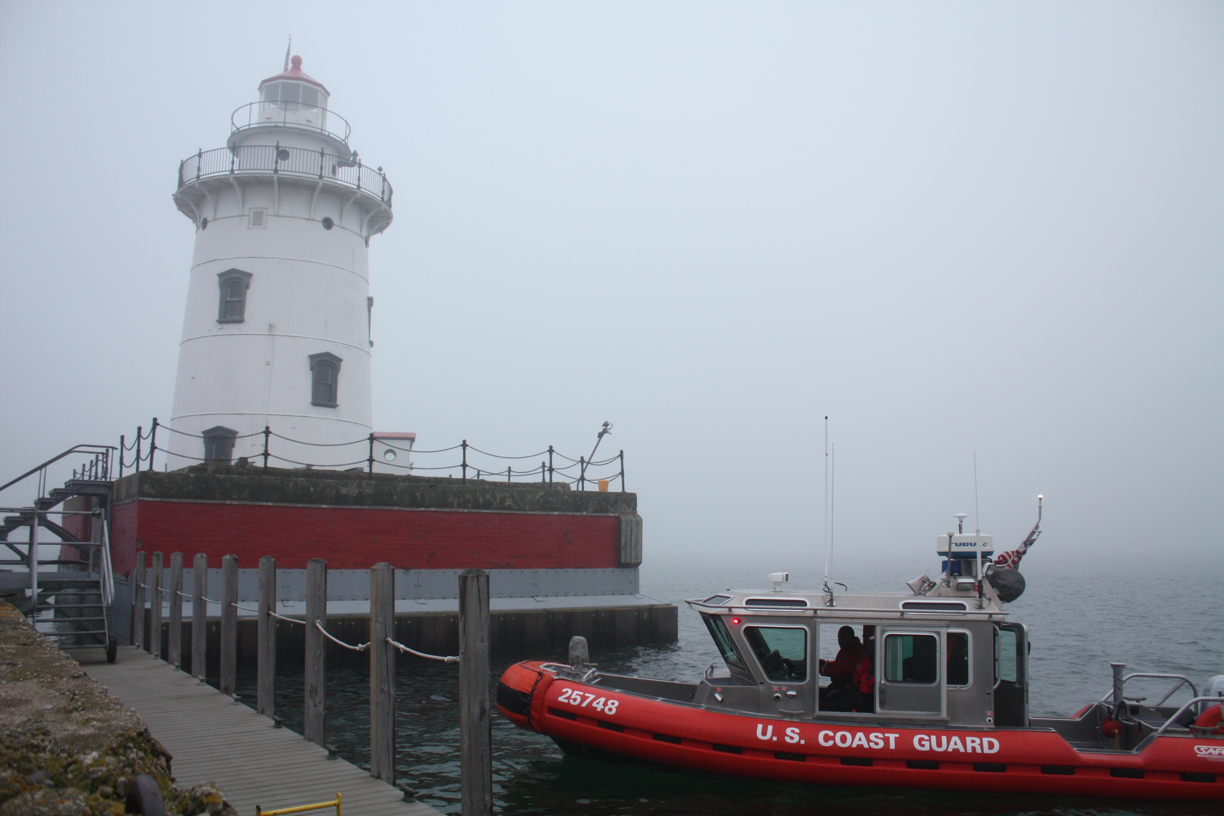 File Harbor Beach Mich Coast Guard Lighthouse 140624 G