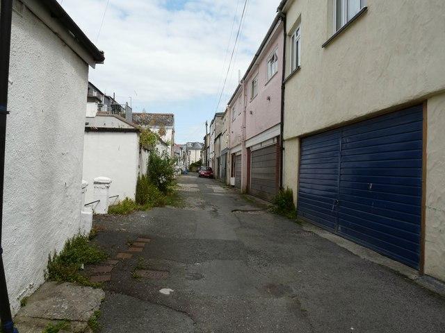 File:Hillsborough Mews, Behind Hillsborough Terrace - geograph.org.uk - 1392320.jpg
