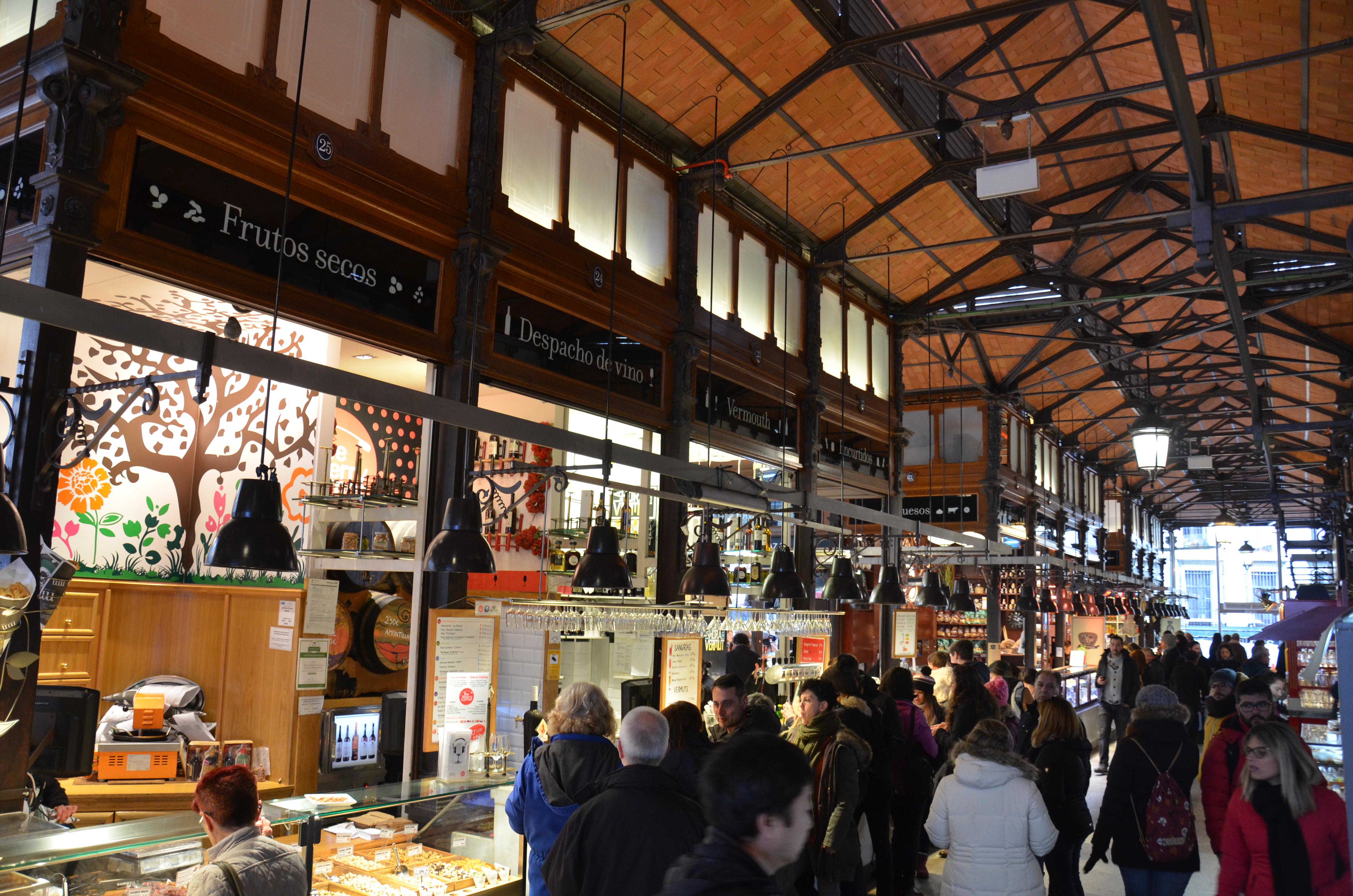 Interior Mercado de San Miguel 1.jpg